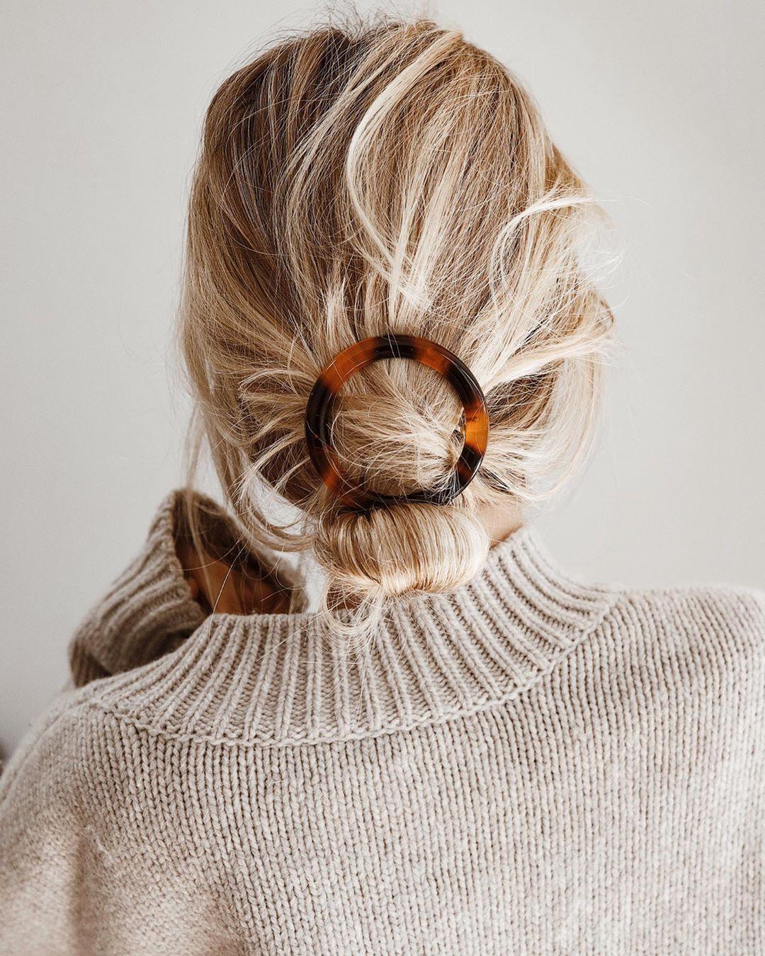 Praktična frizura gotova u nekoliko trenutaka