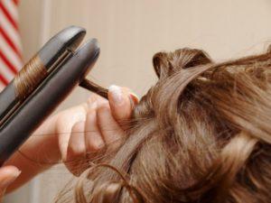 Greške koje radimo s peglom za kosu