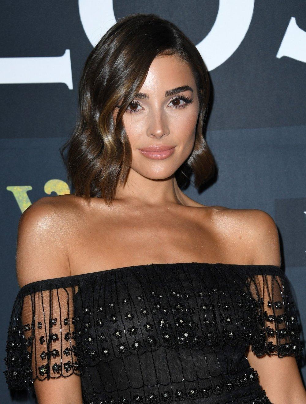 Read more about the article Ovo su trendi frizure za kosu srednje duljine